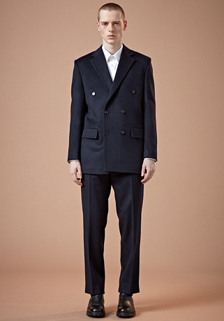 SEMI-OVER FIT NAVY DOUBLE SUIT(최고급 가을 겨울용 캐시미어20%+울80% 원단)(CASHMERE 20% + WOOL 80%)(ST-23)