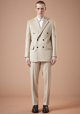 SEMI-OVER FIT IVORY DOUBLE SUIT(최고급 가을 겨울용 캐시미어20%+울80% 원단)(CASHMERE 20% + WOOL 80%)(ST-26)