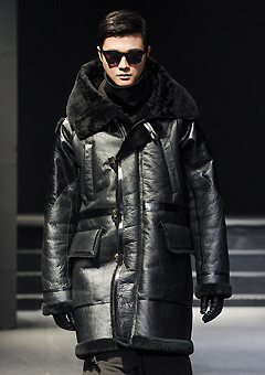 "[206 HOMME]""SEOUL COLLECTION""MUSTANG RUNWAY HYBRID HOODED COAT(ITALY MUSTANG-100%)(남성용 + 여성용)(MS-038)"