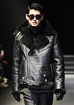 "[206 HOMME]SEOUL COLLECTION""HYBRID""MUSTANG RUNWAY BIKER BLACK HYBRID LONG(ITALY MUSTANG-100%)MAN + WOMAN(MS-037)"